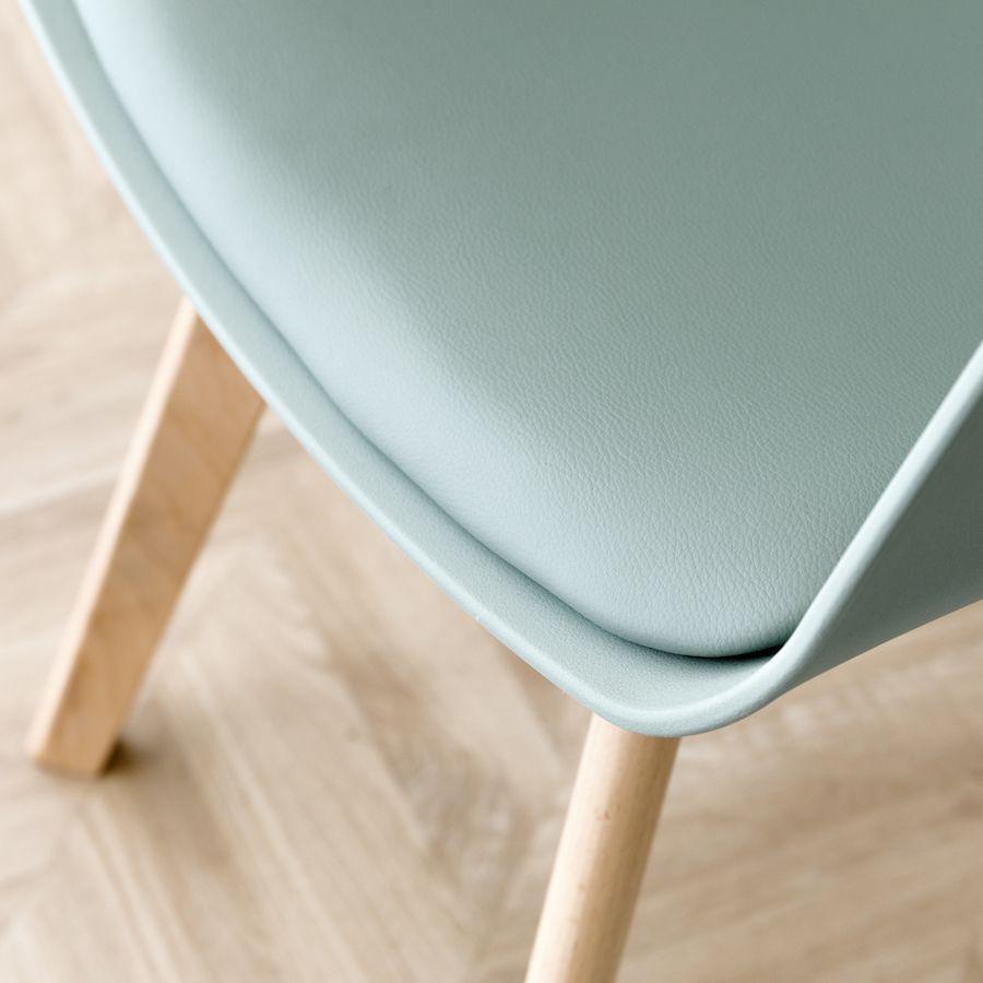 Scandinavian cadeira menta