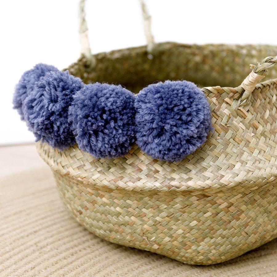 Pompom cesto azul