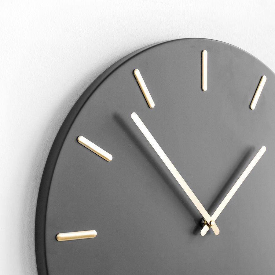 Din relógio cinzento