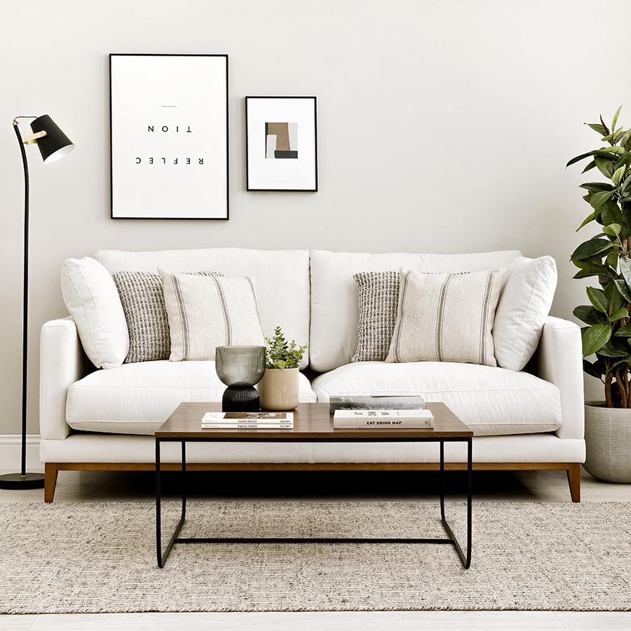 Penta sofá patas nogal 3 plazas