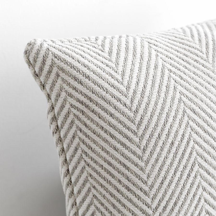 Linie cuscino